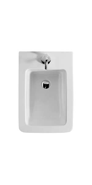 3225 - Close coupled bidet