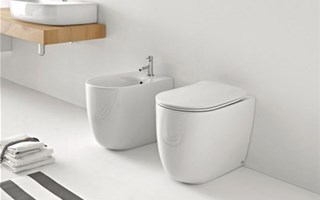 Back-to-wall sanitary ware to furnish the contemporary bathroom