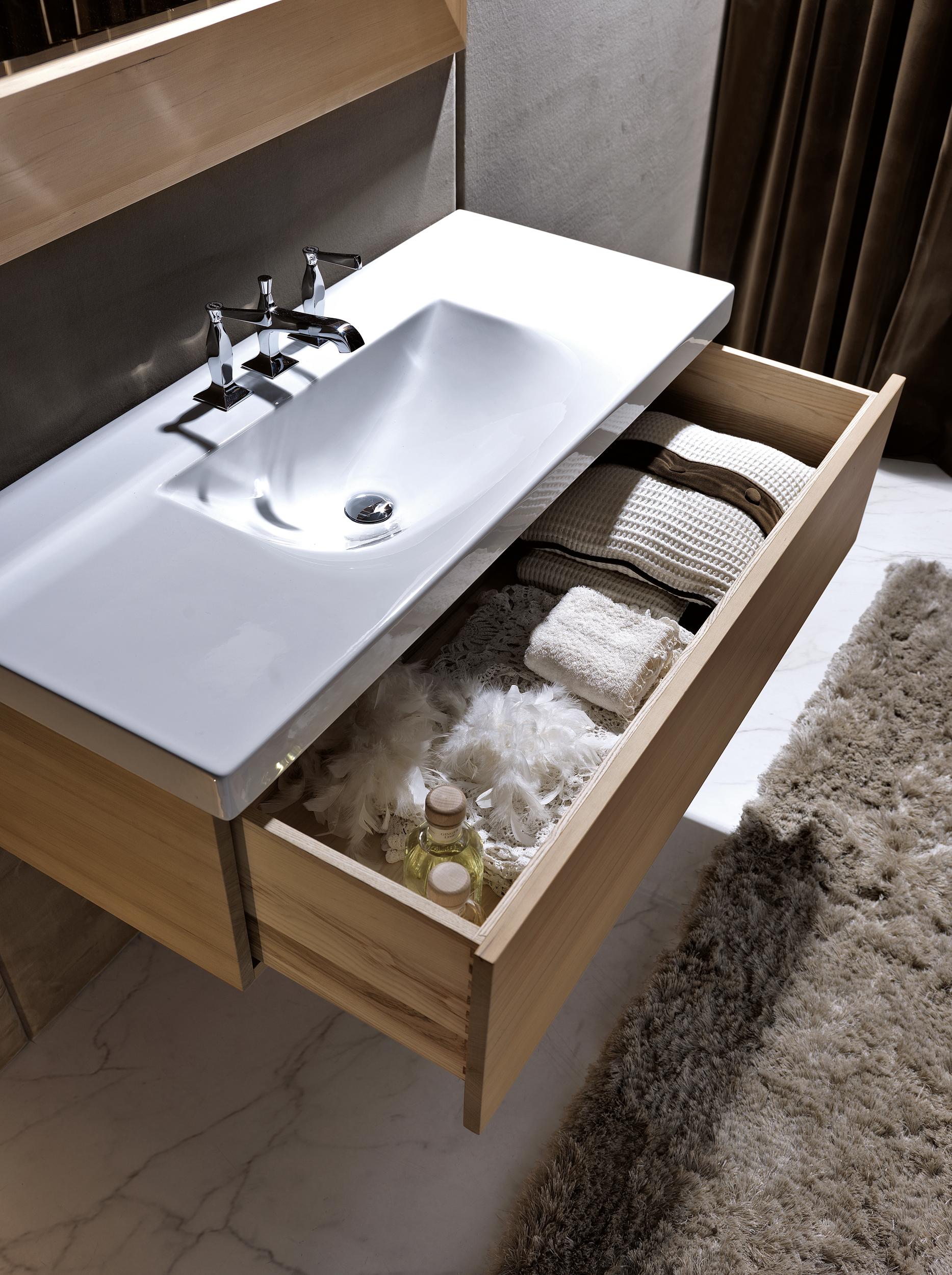lavabo con mobile in hemlock